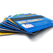 CHECK24-Studie zum Abschluss von Kreditkartenverträgen